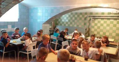 У школі-гімназії  дітей харчують по-новому