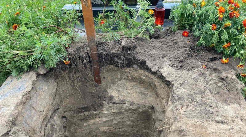 Жовківчанина засудили за розкопування могили